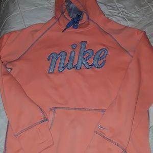 Girls nike sweatshirt L therma fit